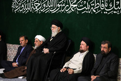 İslam Devrimi Lideri'nin huzurunda Hz. Fatımatüz Zehra (s.a) matem töreni