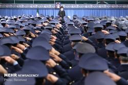 قائد الثورة يستقبل قادة القوة الجوية للجيش الإيراني