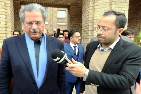 Pakistan min. hails Iran's outstanding progress in science field