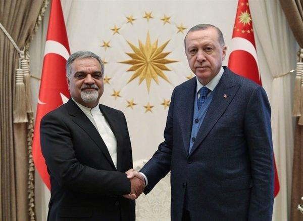 السفير الإيراني الجديد لدى أنقرة يقدم أوراق اعتماده للرئيس التركي