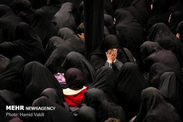 مراسم عزاء ذكرى استشهاد السيدة فاطمة الزهراء بمدينة قم