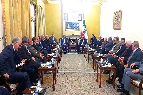 ظريف يلتقي بعدد من ممثلي الأحزاب اللبنانية