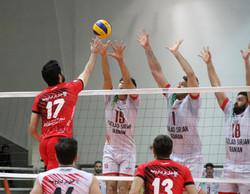دیدار تیم های والیبال فولاد سیرجان ایرانیان و شهرداری ارومیه