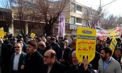 حضور پر شور مردم در راهپیمایی بیانگر وحدت و همدلی مردم است