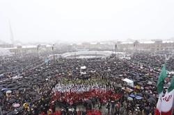 حضور گسترده مردم استان همدان در راهپیمایی ۲۲ بهمن
