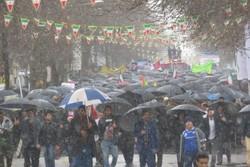 بارش برف هم مانع حضور مردم «سلسله» در جشن چهلسالگی انقلاب نشد