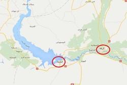 ۲ هیات سعودی و آمریکایی در فرودگاه نظامی الطبقه در سوریه جولان می دهند/ صهیونیستها در الرقه