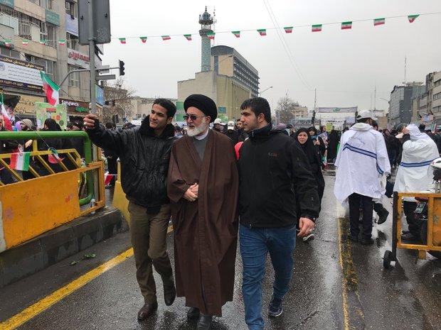 قاضی عسگر در راهپیمایی ۲۲ بهمن حضور یافت