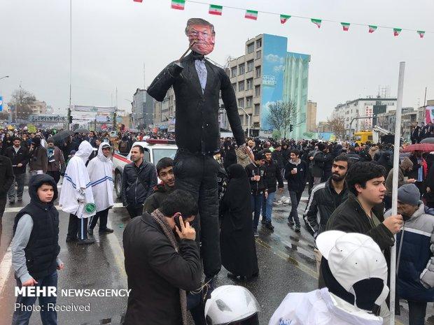الاحتفالات الجماهيري في طهران بالذكرى الأربعين للثورة الإسلامية