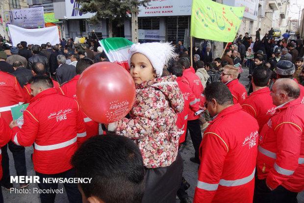 راهپیمایی ۲۲ بهمن در بروجرد