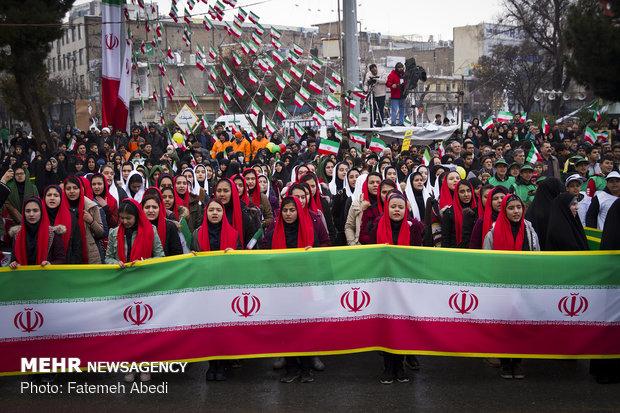 احتفالات الذكرى الأربعين لانتصار الثورة الإسلامية في شيراز
