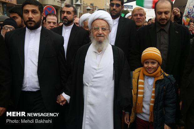 حضور مردم در راهپیمایی ۲۲ بهمن نشانه توخالی بودن تبلیغات دشمن است