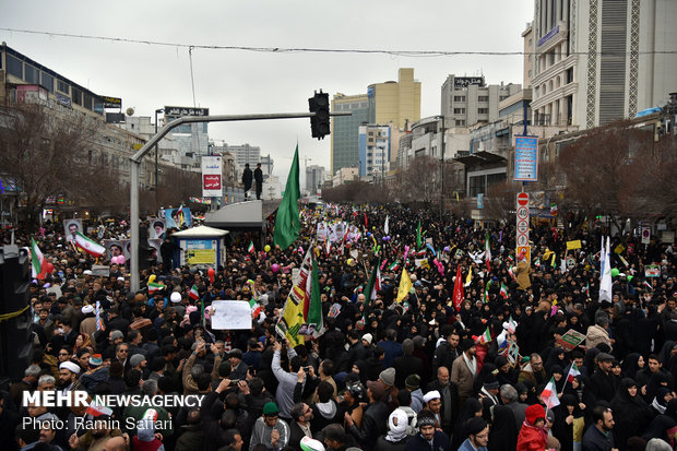 راهپیمایی ۲۲ بهمن در مشهد