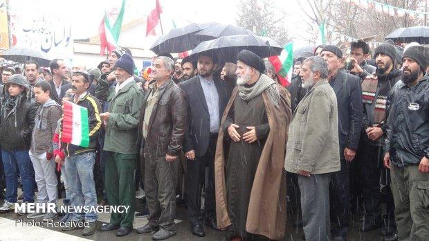 راهپیمایی ۲۲ بهمن در لواسان /  عکاس: متین گو