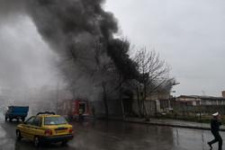 آتش سوزی مغازه لوازم تزئینات خودرو در ساری