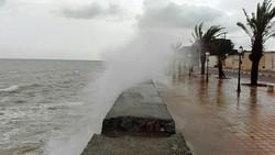 نجات جان ۵۷ گردشگر در جزیره هرمز