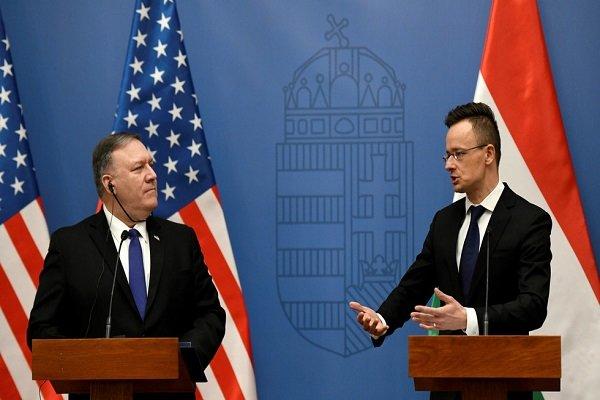 شکست پمپئو در اولین گام تور اروپایی/ پاسخ مجارها به دورویی آمریکا