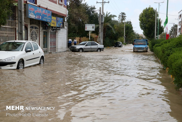 Flood hits Minab county, south Iran