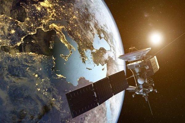 تبلیغات, ماهواره, روسیه, فناوری فضایی