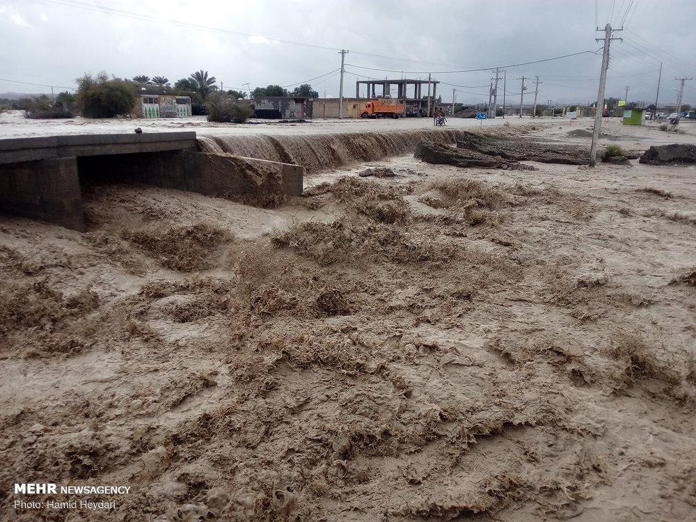 طغیان بی سابقه رودخانه های فصلی در هشتبندی هرمزگان