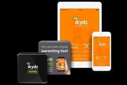 والدین با این دستگاه فعالیت آنلاین فرزندانشان را کنترل می کنند