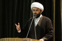 راه امام خمینی(ره) باید تداوم یابد/ مسجد نماد اتحاد است