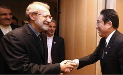 Larijani: Iranian people interested in ties with Japan