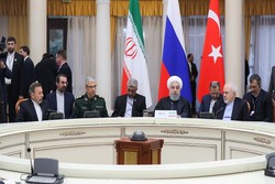 Pres. Rouhani calls for uprooting all terrorist groups in Syria
