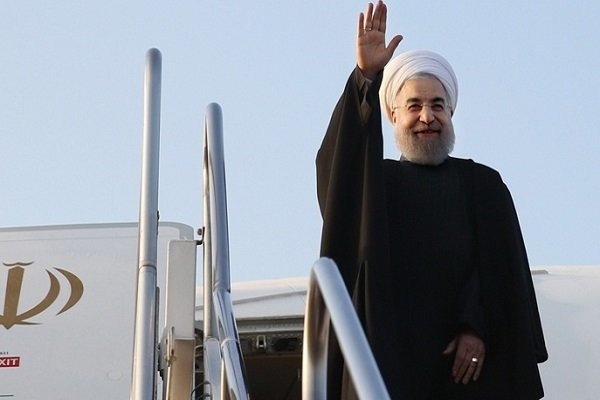 Rouhani arrives in Hormozgan province