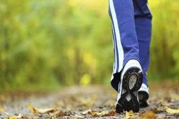 کاهش خطر مرگ زنانی که روزانه ۷۵۰۰ قدم برمی دارند,
