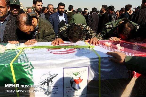 ورود پیکر شهدا و مجروحان حادثه تروریستی زاهدان به اصفهان