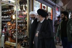 حضور رئیس سازمان تبلیغات اسلامی در بازار تبریز