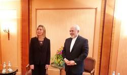 ظریف و موگرینی دیدار کردند/ گفتگو درباره برجام و مسائل منطقهای