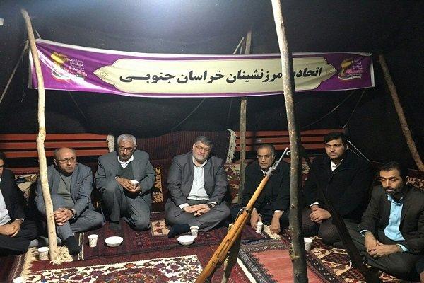 استاندار خراسان جنوبی از نمایشگاه تعاونی ها بازدید کرد