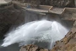 آب مازاد سدهای پیرانشهر و بوکان به سمت دریاچه ارومیه رهاسازی شد