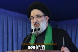 پاسخ امام جمعه کرج به توییت حسام الدین آشنا