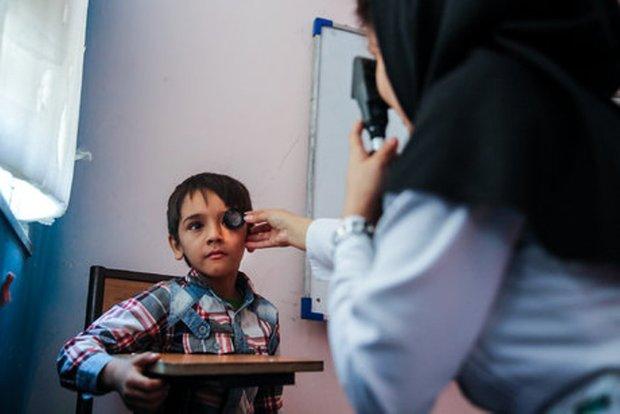 اجرای طرح پیشگیری از تنبلی چشم کودکان اردبیلی در ۱۴۰۰ پایگاه سیار