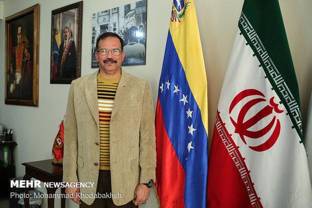 گفتگو با کارلوس آنتونیو آلکالا کوردونس سفیر ونزوئلا