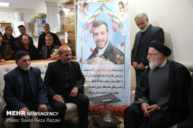 Leader's rep. visits families of martyrs of Zahedan terrorist attack