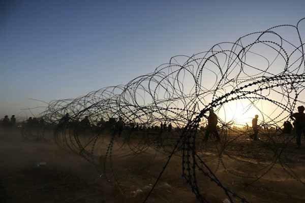 تیراندازی نظامیان رژیم صهیونیستی به سوی فلسطینی ها در شرق غزه
