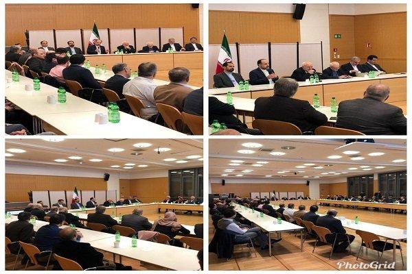 نشست هم اندیشی جمعی از ایرانیان مقیم جنوب آلمان با ظریف
