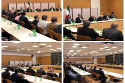 Iran FM meets Iranian elites in Munich, addresses common concerns