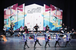 Lezgi dancers join Rastak at Fajr festival