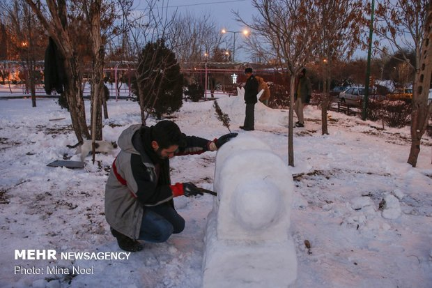 Snow sculpting competition held in Tabriz