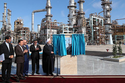 Rouhani inaugurates phase III of Persian Gulf Star Refinery