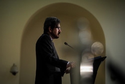 فرنسا تستدعي سفير إيران في باريس