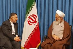 وزیر دادگستری با امام جمعه قزوین دیدار کرد
