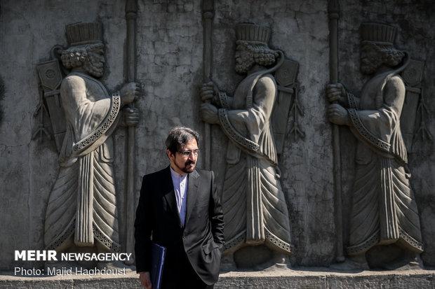 قاسمي يؤكد على توطيد العلاقات بين ايران وفرنسا في المجال الجامعي