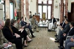 دیدار «اشرفغنی» با فرمانده ستاد مرکزی ارتش آمریکا