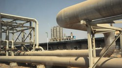 Iraq says close to strike deal with Iran to trade in euro